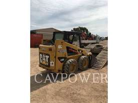 CATERPILLAR 226B2 Skid Steer Loaders - picture3' - Click to enlarge