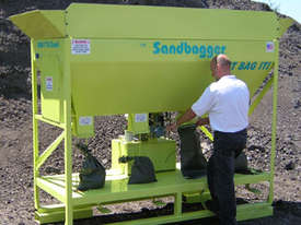 SandBagger Machine - picture4' - Click to enlarge