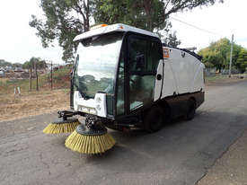 MacDonald Johnston CN200 Sweeper Sweeping/Cleaning - picture0' - Click to enlarge