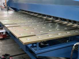 New eBend 2 Axis NC Programmable Panbrake Folder is Here - picture10' - Click to enlarge