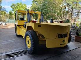22T Clark Container Handler (3m Lift) Diesel C500 (SALE or HIRE) - picture2' - Click to enlarge