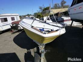 Fraser Boats Australia Runabout RV - picture1' - Click to enlarge