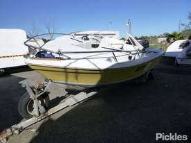 Fraser Boats Australia Runabout RV - picture2' - Click to enlarge