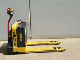 1.8T Battery Electric Pallet Truck - picture0' - Click to enlarge