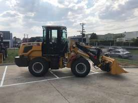 SUMMIT 925 103HP 5.3T WHEEL LOADER with 4 in 1 bucket & fork - picture1' - Click to enlarge