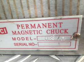 Magnetic Fine Pole Chuck - Size 450mm x 200mm x 65mm. Magnetic Force (N) 120. - picture1' - Click to enlarge