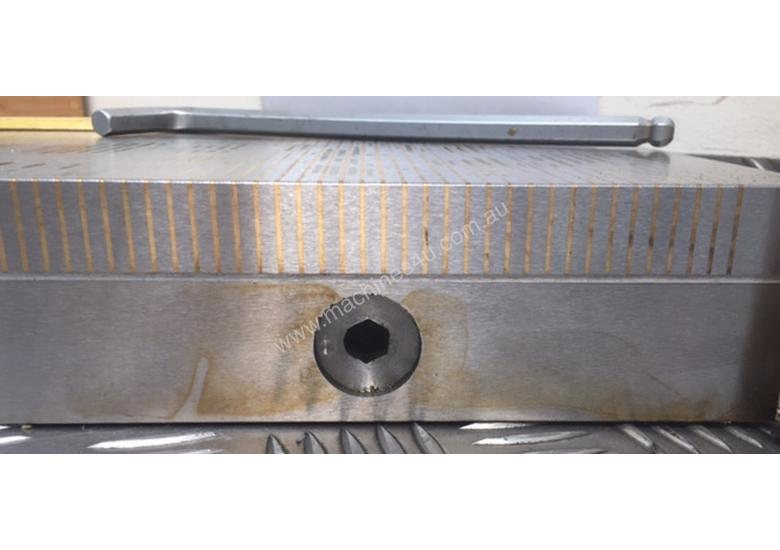 Magnetic Fine Pole Chuck - Size 450mm x 200mm x 65mm. Magnetic Force (N) 120.