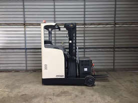 Crown Misc Reach Forklift Forklift - picture0' - Click to enlarge