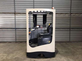 Crown Misc Reach Forklift Forklift - picture3' - Click to enlarge