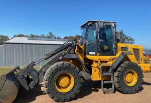 JCB 426 13.4T 150Hp Wheel Loader with Quick Hitch