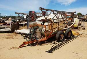 TRAILING BOOM SPRAYER - 3000LITRE TANK