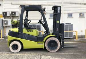 Container Access + Non Marking Tyre 3.0t LPG Forklift
