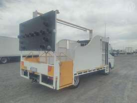 Mitsubishi Canter - picture1' - Click to enlarge
