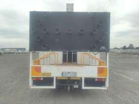 Mitsubishi Canter - picture2' - Click to enlarge