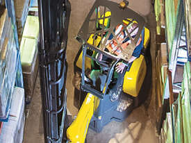 Narrow Aisle Articulated Forklift - picture2' - Click to enlarge