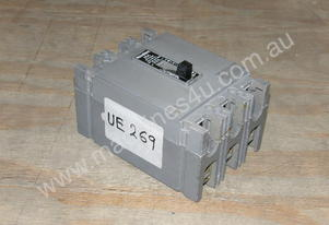 Westinghouse HFB3025 Circuit Breakers.