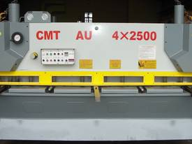 CMT 4MM X 2500MM HYDRAULIC GUILLOTINE PRICE CUT! - picture1' - Click to enlarge