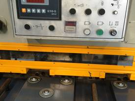 CMT 4MM X 2500MM HYDRAULIC GUILLOTINE PRICE CUT! - picture2' - Click to enlarge