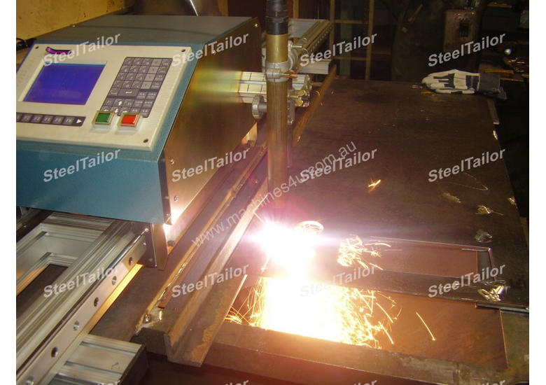 PORTABLE CNC FLAME & PLASMA CUTTER WITH THC