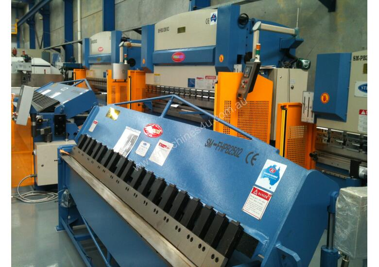 GUILLOTINES, PRESSBRAKES, PANBRAKES & PUNCH-SHEARS