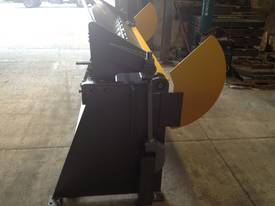 2470mm x 4mm Australian made hydraulic panbrake fo - picture6' - Click to enlarge