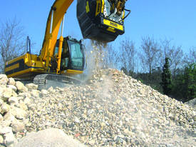 BF90.3 Hydraulic Crusher Bucket - picture2' - Click to enlarge