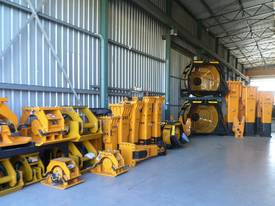 BF90.3 Hydraulic Crusher Bucket - picture12' - Click to enlarge