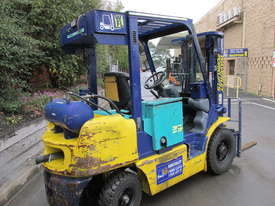 Komatsu FD20T-12 - picture1' - Click to enlarge