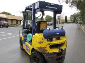 Komatsu FD20T-12 - picture3' - Click to enlarge