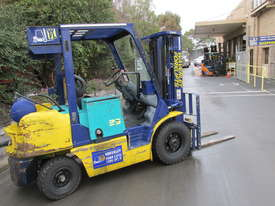 Komatsu FD20T-12 - picture10' - Click to enlarge