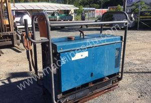 2000 MILLER BIG BLUE 401DX ENGINE DRIVEN WELDER