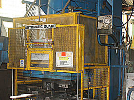 Hydraulic Press 100 Tonne Ram 100x80cm - picture0' - Click to enlarge
