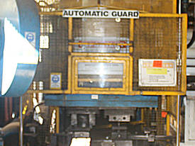 Hydraulic Press 100 Tonne Ram 100x80cm - picture2' - Click to enlarge