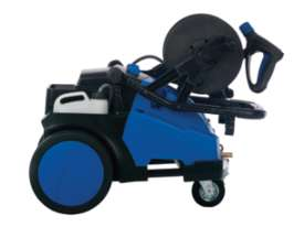 New Industrial Gerni Blue Pressure Cleaner (MC5M 115/700) Poseidon 5-30PA - picture2' - Click to enlarge