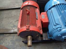 GEC 30HP 3 PHASE ELECTRIC / 1450RPM - picture2' - Click to enlarge