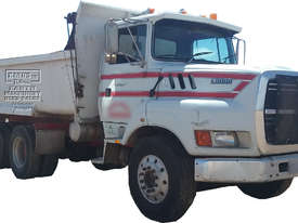 Ford Louisville Dual Axle Tipper - picture0' - Click to enlarge