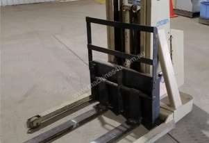 Crown - Walker Stacker Lift - Good Condition