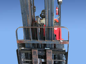 Maximal 2 tonne Forklift - picture2' - Click to enlarge