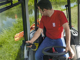 TONY TR 10900 HYDROSTATIC 4WD ANTONIO CARRARO - picture19' - Click to enlarge