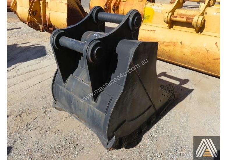 320CL 950MM TRENCHING BUCKET