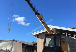 Caterpillar Mobile track crane