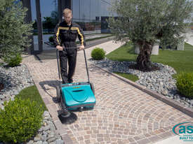ASC ME Manual Sweeper - 10 times faster than a man with a broom - picture3' - Click to enlarge
