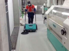 ASC ME Manual Sweeper - 10 times faster than a man with a broom - picture10' - Click to enlarge