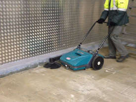 ASC ME Manual Sweeper - 10 times faster than a man with a broom - picture11' - Click to enlarge