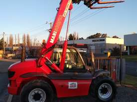 MANITOU TELEHANDLER MT523 - picture0' - Click to enlarge