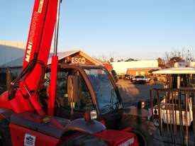 MANITOU TELEHANDLER MT523 - picture2' - Click to enlarge