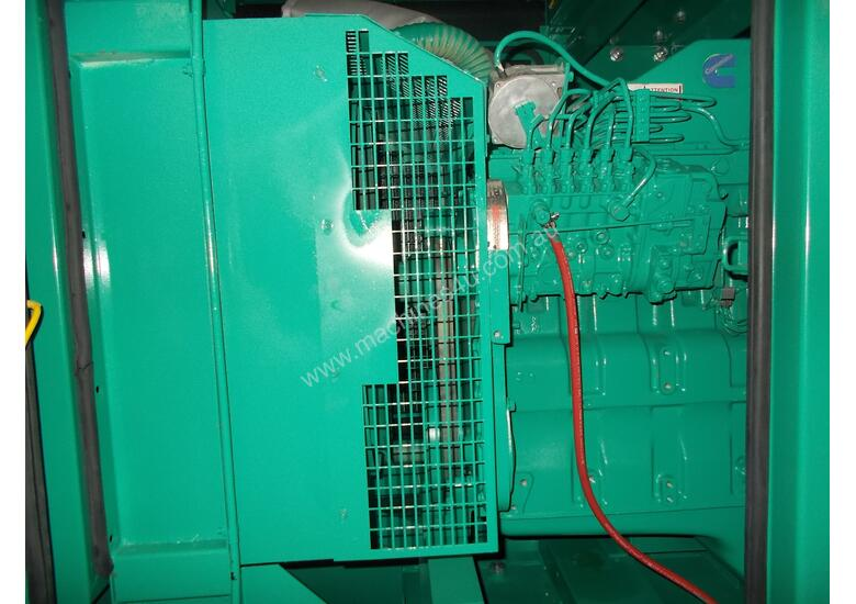 187kVA Enclosed Generator Set