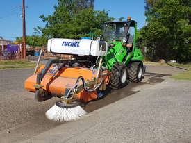 New Tuchel Sweeper Broom Attachment for Skid Steers Forward Moving Bucket Broom - picture4' - Click to enlarge