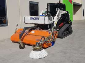 New Tuchel Sweeper Broom Attachment for Skid Steers Forward Moving Bucket Broom - picture10' - Click to enlarge