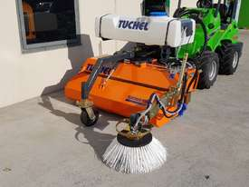 New Tuchel Sweeper Broom Attachment for Skid Steers Forward Moving Bucket Broom - picture12' - Click to enlarge